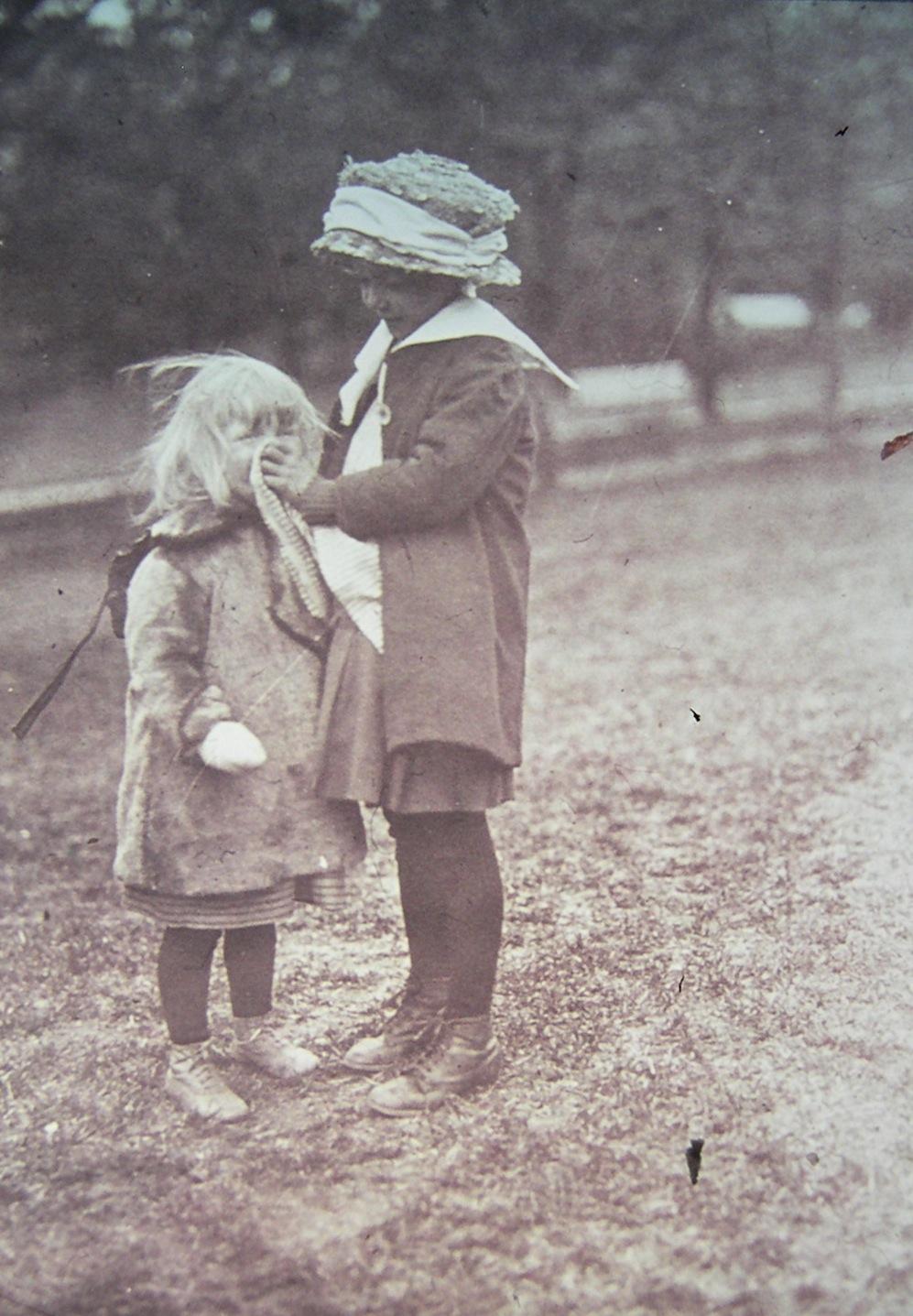 6. Flickan som snyter sin syster kopia